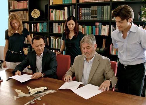Baj-firma-contratto